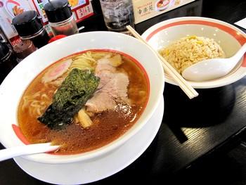 チャーハンセット(極旨醤油らーめん)