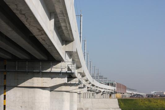 九州新幹線 船小屋駅付近高架 (57) のコピー