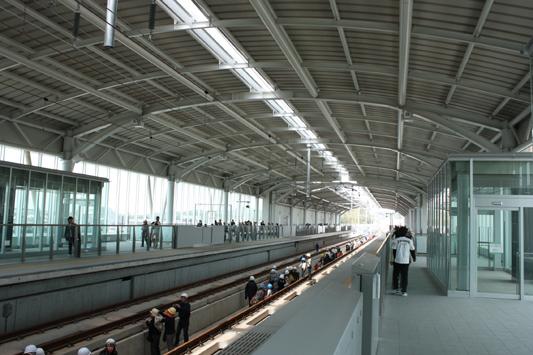 10-4-4新大牟田駅レールウォーキング (11) のコピー