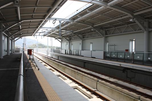 10-4-4新大牟田駅レールウォーキング (10) のコピー