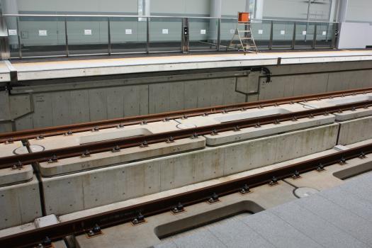 10-4-4新大牟田駅レールウォーキング (65) のコピー
