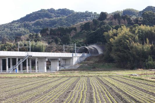 110116新幹線試・高架 (24) のコピー
