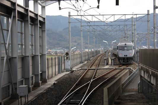 110227特急新八代駅 (247) のコピー