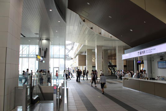 110925N大阪駅 (20)のコピー