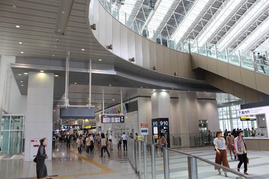 110925N大阪駅 (18)のコピー