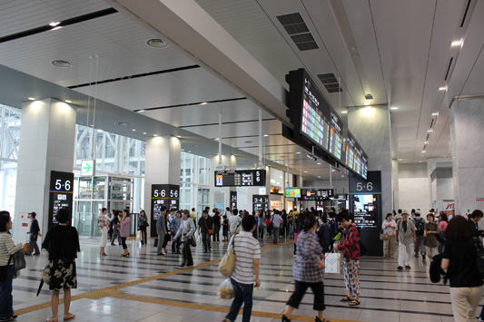 110925N大阪駅 (13)のコピー