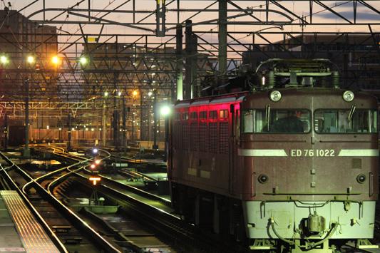 111023千早駅カモレ (20)のコピー