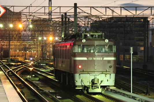 111023千早駅カモレ (21)のコピー