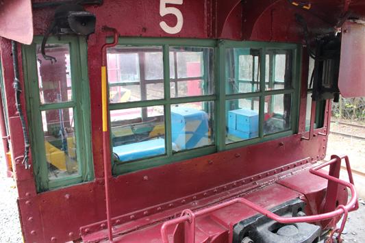 111103保存炭鉱電車 (213)のコピー