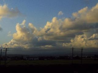 20100808 新幹線からの空1.jpg