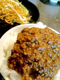 モンコック肉味噌飯