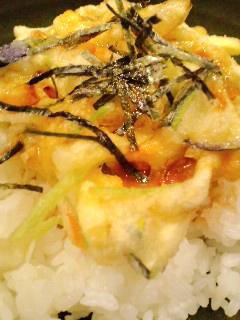 七弐八製麺丼大