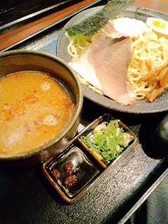 井岡亭つけ麺