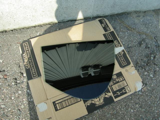 ミライース三角窓