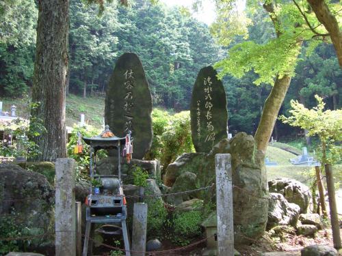 石松の墓1