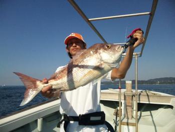五枚目68cmの大鯛
