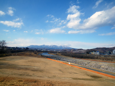 錦桜橋から赤城山