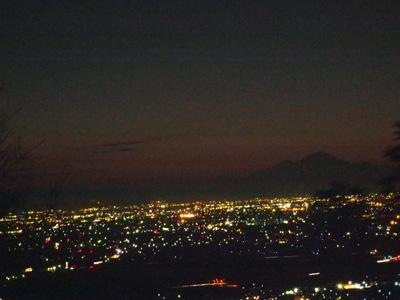 太田市夜景と浅間山