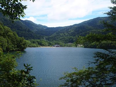 湯の湖レストハウス