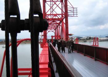 昇開橋渡り初め 091
