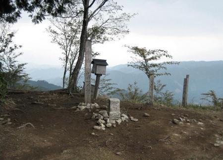 石割岳 075
