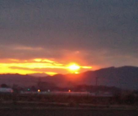 山と朝日 051