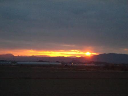 山と朝日 052