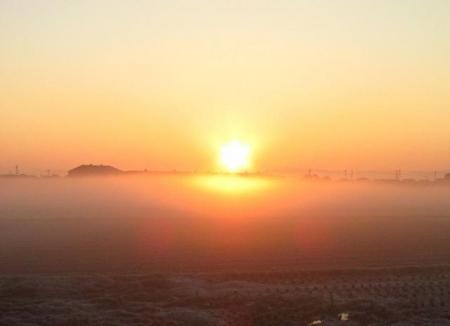 朝日が昇る 022