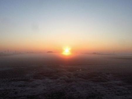 朝日が昇る 018