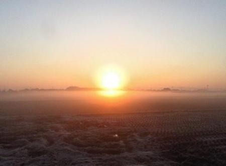 朝日が昇る 025