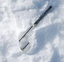 1・1歳・雪の上に