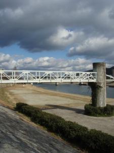 20110117京橋水管橋1