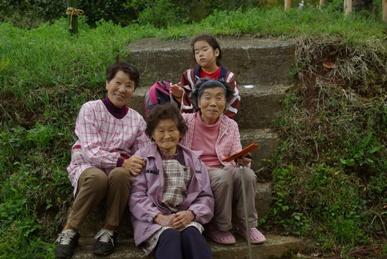おばあちゃんたち