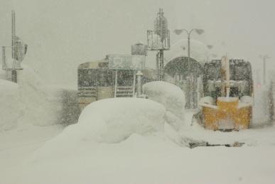 大雪の只見駅