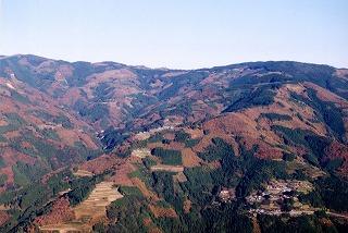 諸塚村内を代表する景色、モザイク林層