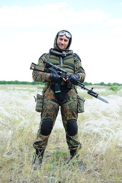 stalker_suit_freedom.jpg