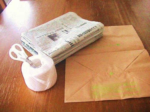 古新聞の収納 ディスプレイ1