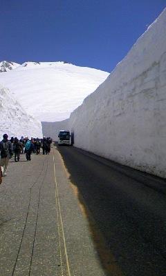 雪の大谷・雪壁