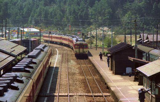 19820411加古川線004-2