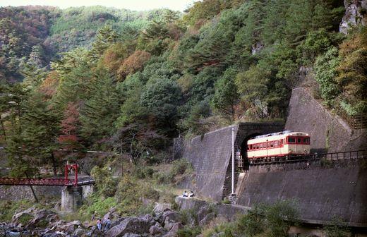 19821103福知山線・武田尾006-1