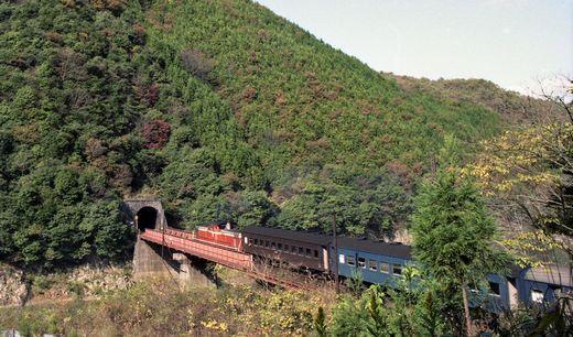19821103福知山線・武田尾005-1
