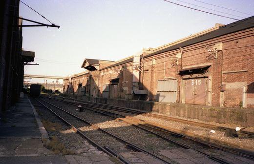19830505天保山寸景・枚方市駅053-1
