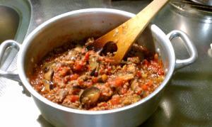 茄子とひき肉とトマトのパスタ ③