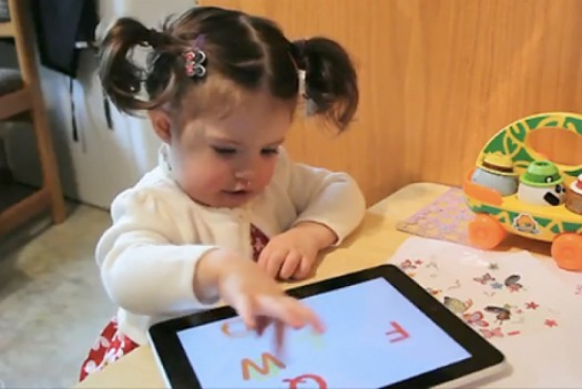 kid-playing-ipad-525x351.jpg