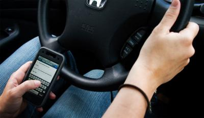 talking-phone-driving_convert_20111214164339.jpg