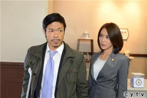 ビンタの美人弁護士役の山口紗弥加