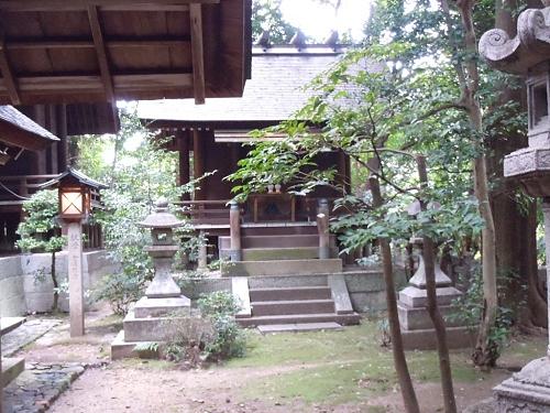 機織り神社