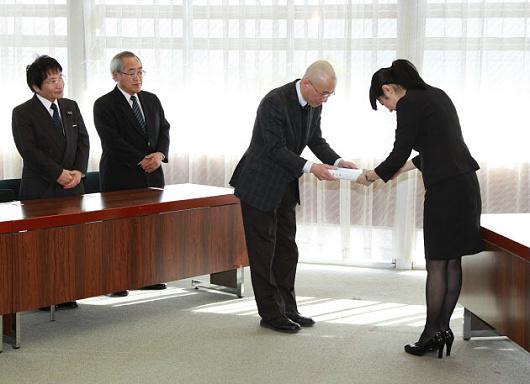 大津いじめ自殺事件 第三者調査委員会報告書