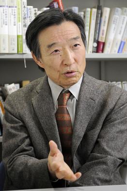 学習院大学の岩田規久男教授(70)は25日、安倍晋三首相から日銀副総裁への就任を要請