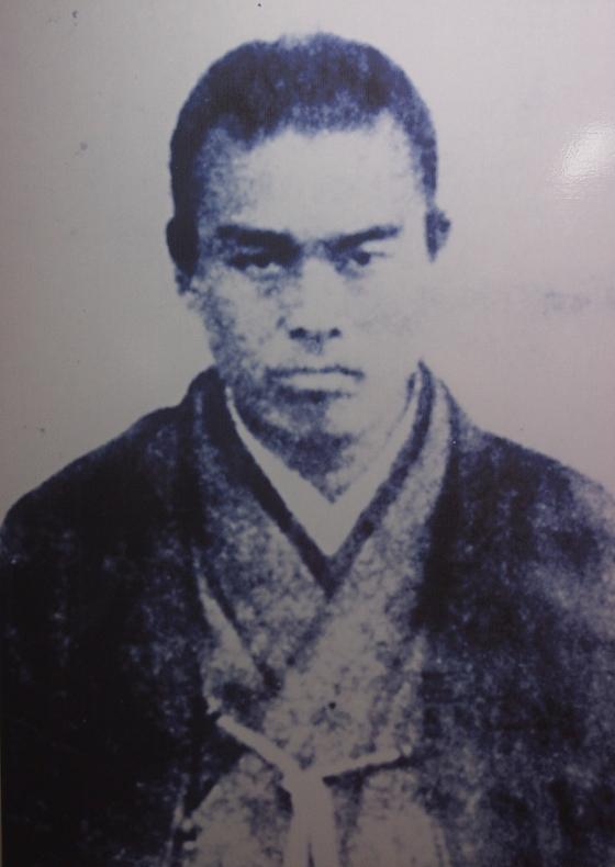 中村慎太郎